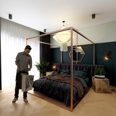 Stainless bed